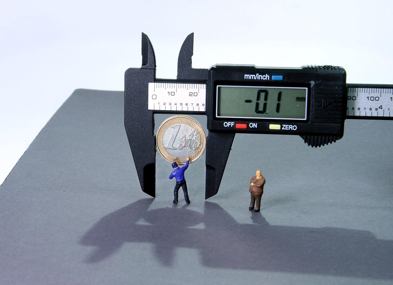 Digital Calipers measuring a one Euro coin