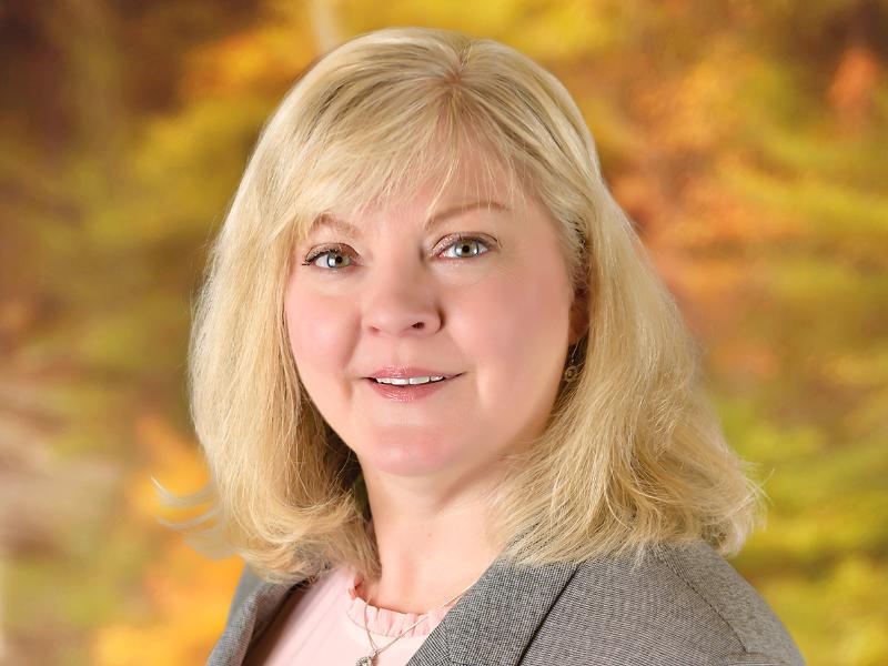 staff photo of Cindy